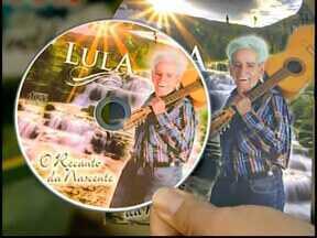 Quadro 'Tô Indo' mostra história do cantor Lula em Divinópolis - Com muita simplicidade, Lula relembra canções e histórias da época em que viajava pelo país cantando com o irmão.