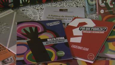 Alunos de escolas municipais de Jaboatão recebem material didático especial - 'Maleta Futura' chega primeiro aos alunos do Grande Recife, com livros e jogosinterativos.