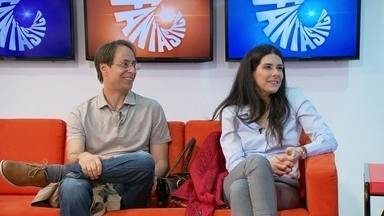 Fantástico recebe os atores Pedro Cardoso e Graziella Moretto - Os atores visitaram a redação do Fantástico e também vão estrear um novo quadro no programa.