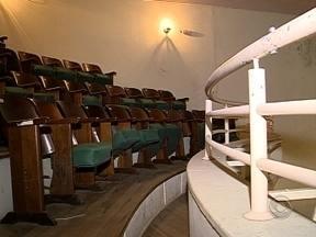 Parte do Teatro Alvaro de Carvalho continua interditada e deve ser entregue em dezembro - Parte do Teatro Alvaro de Carvalho continua interditada e deve ser entregue em dezembro