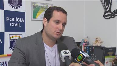 Polícia apresenta acusados de assaltar e tentar matar idosa em Jaboatão - Segundo delegado, crime foi cometido por pessoas que frequentavam a casa da vítima.