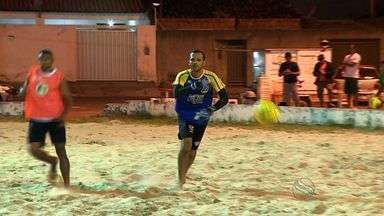 Goleiro Fábio vive experiência no Beach Soccer - Ele vai defender o Itabaiana na Copa Nordeste de clubes em Jaboatão dos Guararapes-Pernambuco. Além dele, outas estrelas dos gramados compõem a equipe.