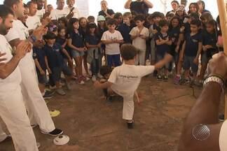 'Agosto da capoeira' é realizado em Salvador - Evento é para homenagear a tradição que representa a força da história e luta, além da cultura da Bahia. Dia da capoeira foi comemorado no dia 3 de agosto.
