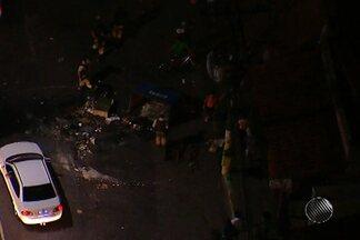 Protesto deixa trânsito congestionado em vários pontos de Salvador - Manifestação ocorreu na Avenida Vasco da Gama no início da noite desta segunda-feira (11).