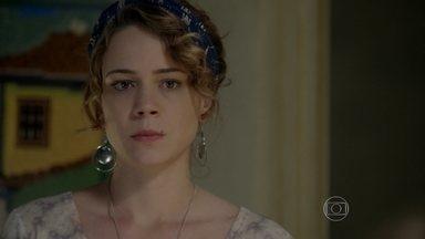 Cristina aceita proposta de Maria Marta e desiste da herança de Zé Alfredo - Esposa do Comendador vai até a casa da jovem e faz a cabeça dela
