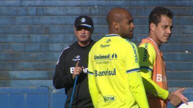 Felipão intensifica treinos e acerta time para jogo contra Criciúma na Arena - Será o primeiro jogo novo comandante no estádio gremista.