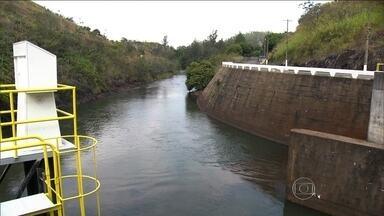 Falta de chuvas no Sudeste leva ANA a prorrogar autorização para barragem de Santa Cecilia - O ano foi de pouca chuva até agora e as represas chegaram ao segundo semestre com os níveis muito abaixo do normal. A água que resta começou a ser disputada.