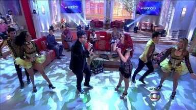 Agito! Gabriel Moura e Banda Musa cantam 'Vou te pegar' no Encontro - Cantor bota todo mundo pra dançar com sucesso!