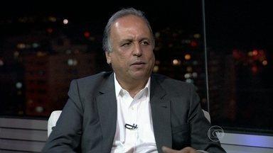 Luiz Fernando Pezão dá entrevista ao RJTV - 2ª edição - O candidato do PMDB ao governo fluminense foi entrevistado ao vivo, no estúdio do RJTV, por Ana Luiza Guimarães.