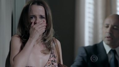 Lorraine fica cara a cara com José Pedro - Chantagista o reconhece como o homem que atropelou e matou seu irmão