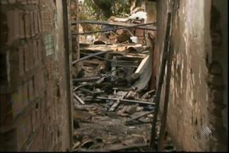 Mulher morre em incêndio em Feira de Santana - Confira mais informações no Giro de Notícias.