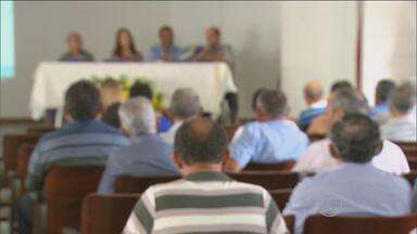 Grupo que ajuda dependentes do álcool completa 50 anos - Pernambuco tem 430 unidades do Alcoólicos Anônimos.