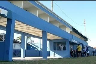 Local destinado à imprensa no estádio José Maria Melo ganha novas instalações - Cinco cabines foram construídas, para dar mais agilidade às transmissões dos jogos.