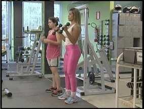 Pesquisa indica que há limites para quem pratica atividades físicas - Quem excede nas atividades pode ter problemas de sáude, segundo pesquisa norte-americana.