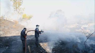 Incêndio destrói área de 8 mil metros quadrados em Itajubá, MG - Incêndio destrói área de 8 mil metros quadrados em Itajubá, MG