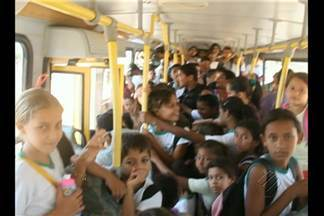 Em Ourilândia do Norte, pais de alunos denunciam superlotação de transporte escolar - Ministério Público constatou a denúncia e pediu informações para a Prefeitura.