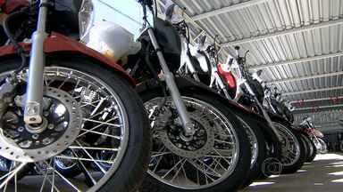 Concessionárias querem aumentar vendas de motocicletas - Primeiros meses do ano fora uins para o setor. Agora, empresários atraem clientes com descontos e promoções.