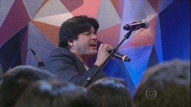 Paulo Ricardo canta o forró 'Eu só quero um xodó' - Cantor interpreta um dos grandes sucessos de Dominguinhos