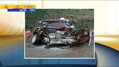 Ao menos 17 pessoas morreram no trânsito durante o final de semana - Muitos motoristas envolvidos em acidentes não tinham habilitação.