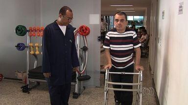 """Saiba mais sobre a esclerose lateral amiotrófica - O """"Desafio do Balde de Gelo"""" colocou a doença em evidência após uma campanha envolvendo milhares de pessoas."""