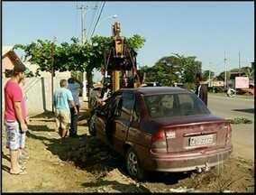 Motorista dorme ao volante e causa acidente na RJ-216 em Campos, RJ - Os Bombeiros socorreram o homem, que foi encaminhado para a emergência do Hospital Ferreira Machado (HFM).