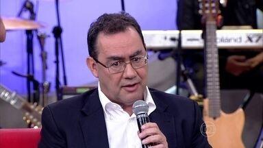 Augusto Cury alerta para os efeitos da droga no cérebro - Escritor comenta caso de modelo que abandonou o o crack