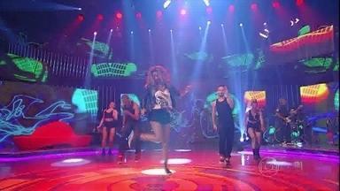 """MC Ludmilla canta o sucesso """"Sem Querer"""" - Cantora tirou a plateia do chão"""