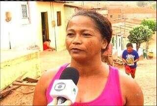 Moradores do Bairro Santo André reclamam da falta de água na comunidade - Bairro fica localizado na cidade de Barbalha.