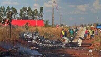 Queda de avião mata empresário e deixa 2 feridos em Tangará da Serra (MT) - A queda de um avião matou um empresário e deixa 2 feridos em Tangará da Serra.