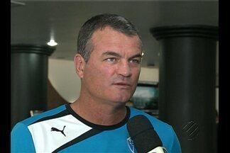 Mazola fala sobre jogo com o Botafogo-PB - Treinador espera boa atuação do time, mesmo com desfalques.