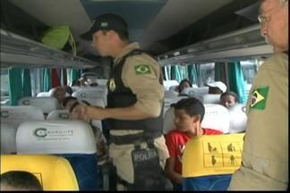 Mais de 10 mil pessoas já foram flagradas sem cintos de segurança nas estradas baianas - Números correspondem ao período entre janeiro e agosto deste ano.