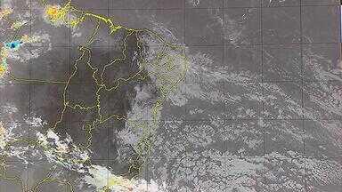 Previsão é de mais chuva nesta terça-feira, na Região Metropolitana do Recife - De acordo com a Apac, cidades da Zona da Mata também podem enfrentar precipitações.