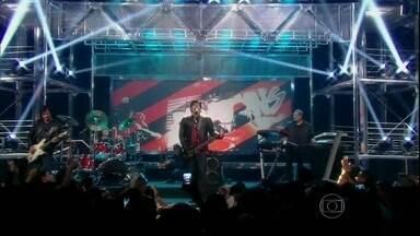 Musical de abertura com RPM - Banda faz uma revolução no palco do programa