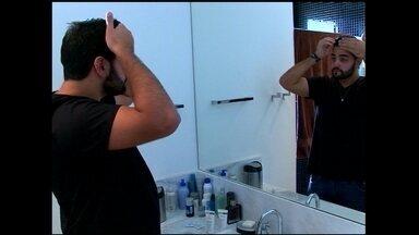 Brasil é o segundo maior mercado de cosméticos para homens no mundo - Homens estão cada vez mais vaidosos e buscam visual atraente e moderno. Agora, cuidam da beleza sem culpa e também não economizam. Compram os mais mais variados produtos para cabelos, barbas e pele.