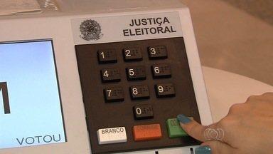 Jornal Anhanguera começa rodada de entrevistas com candidatos ao governo de Goiás - As entrevistas terão 15 minutos de duração e serão exibidas para todo o país.