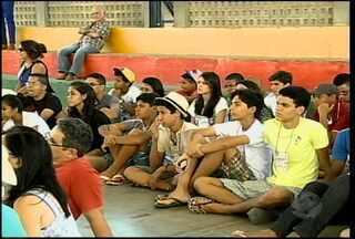 Jovens participam da 3a conferência espírita - Encontro reuniu dezenas de participantes