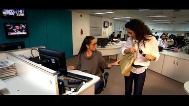 Maria Menezes faz uma radiografia da inveja - Ela conversa com o terapeuta holístico Flavio Neri, que explica como surge o sentimento da inveja, e encena uma dramaturgia com a atriz Cyria Coentro
