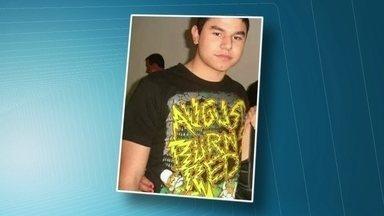 Corpo de estudante será enterrado em Jandira (SP) - A polícia investiga a causa da morte de Victor Hugo Santos. O corpo do estudante foi encontrado na raia olímpica da USP nesta terça-feira (23).