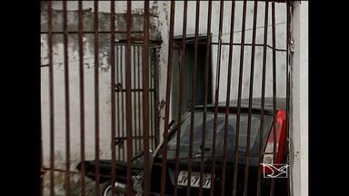 Preso conseguiu fugir da carceragem da Delegacia de Igarapé do Meio, no vale do Pindaré - Um preso conseguiu fugir da carceragem da Delegacia de Igarapé do Meio, no vale do Pindaré. Já são três que escapam em apenas um mês.