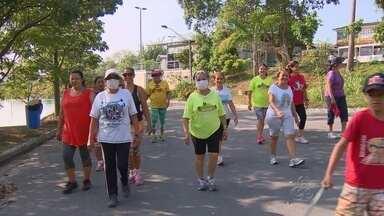 Moradores da Zona Sul de Manaus relatam abandono de parque - Populares estão insatisfeitos com a situação de abandono em que se encontra o local. Eles afirmam que além de mau cheiro falta manutenção no espaço.