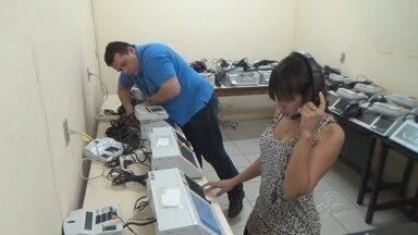 No AM, municípios do médio Solimões começam a receber urnas eletrônicas - Técnicos do TRE estão em Manacapuru preparando as urnas.