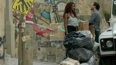 Orville tenta se reaproximar de Juju - Lorraine se despede de Ismael e lamenta ter se separado dele