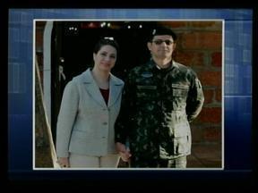 Casal morto em acidente de carro é velado em Alegrete, RS - Tenente-coronel e a esposa se dirigiam para Santa Maria.
