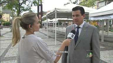 Praça do Ferreira recebe atividades gratuitas para comemorar o Dia do Fisioterapeuta - Serviços são ofertados das 8h às 16h desta segunda-feira, em Fortaleza.