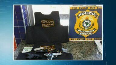 Polícia prende três integrantes de quadrilha que operava em vários estados - Presos foram encaminhados para a Polícia Federal, em Fortaleza.