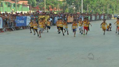Mil crianças participam da 6ª Corrida do Reizinho em Cuiabá - Mil crianças participam da 6ª Corrida do Reizinho em Cuiabá.