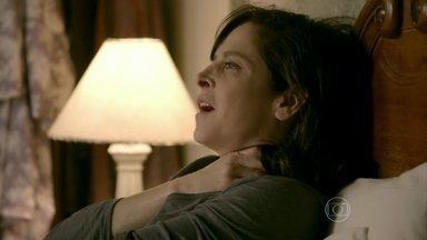Cora pensa no sonho que teve com José Alfredo - Cristina incentiva Elivaldo a ajudar Tuane