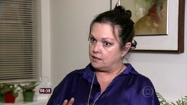 Especialista dá dicas para detectar quem é 'mala sem alça' - Segundo Eda Fagundes, se a pessoa for amiga vale dar um toque