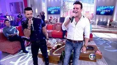 Marcos e Belutti cantam 'Domingo de Manhã' - Sertanejos animam o Encontro