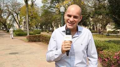 Marat Descartes convida internautas para assistirem à estreia de Alto Astral - Ator será Fernando, um médico amigo de Caíque, interpretado por Sergio Guizé